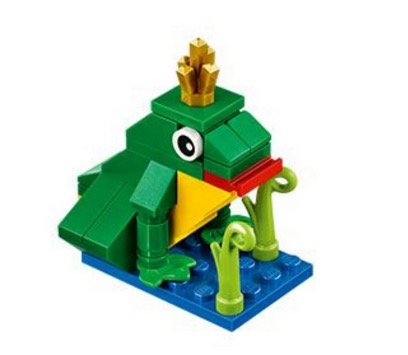 Free LEGO Frog Model at LEGO Stores